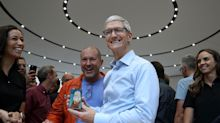 Apple is the least loved big tech company among hedge funds