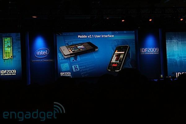 Intel announces Moblin 2.1 for phones