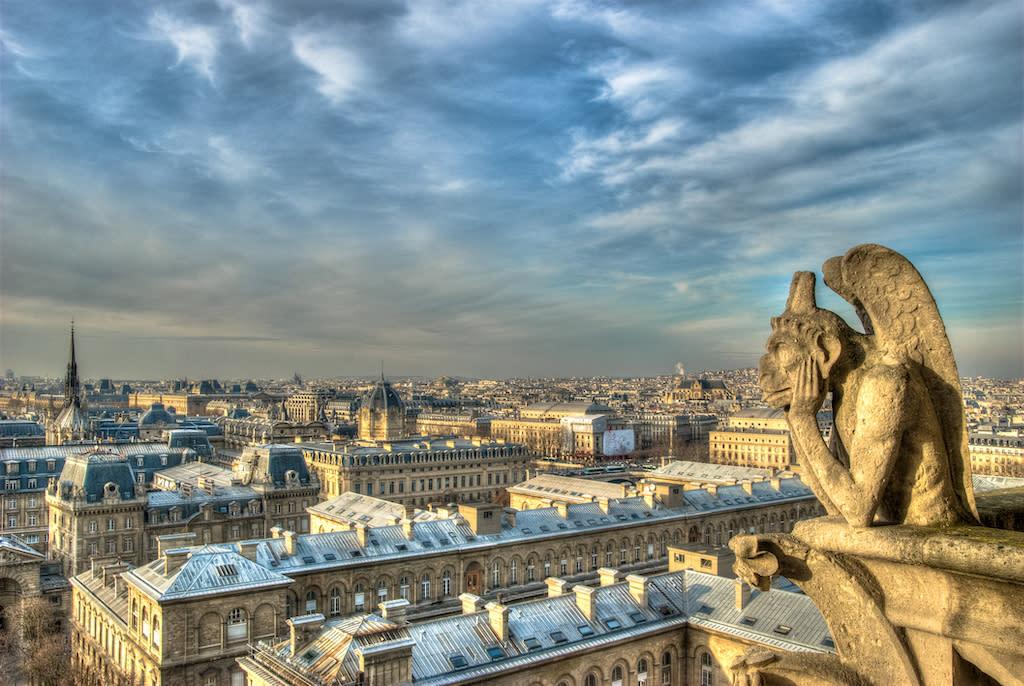 Da Napoleone a Quasimodo, la lunga storia di Notre Dame