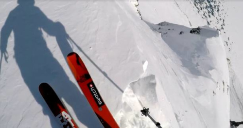 Snowboard - Xavier de Le Rue ride en Chine pour sa série «DIY»