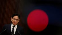 After surprise apology, Samsung heir pressed to explain family's intentions