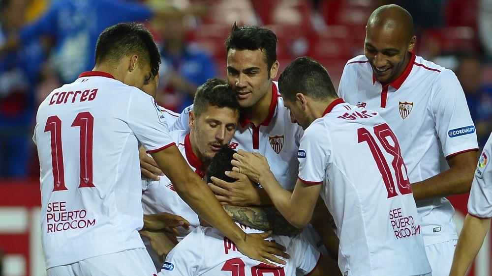 El Sevilla presiona al Atlético de Madrid por la tercera plaza