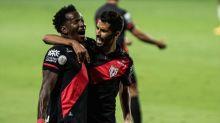 Atlético-GO passa fácil pelo Flamengo em noite tenebrosa do time de Dome
