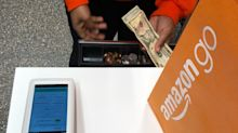 How to use cash in Amazon's new cashierless store