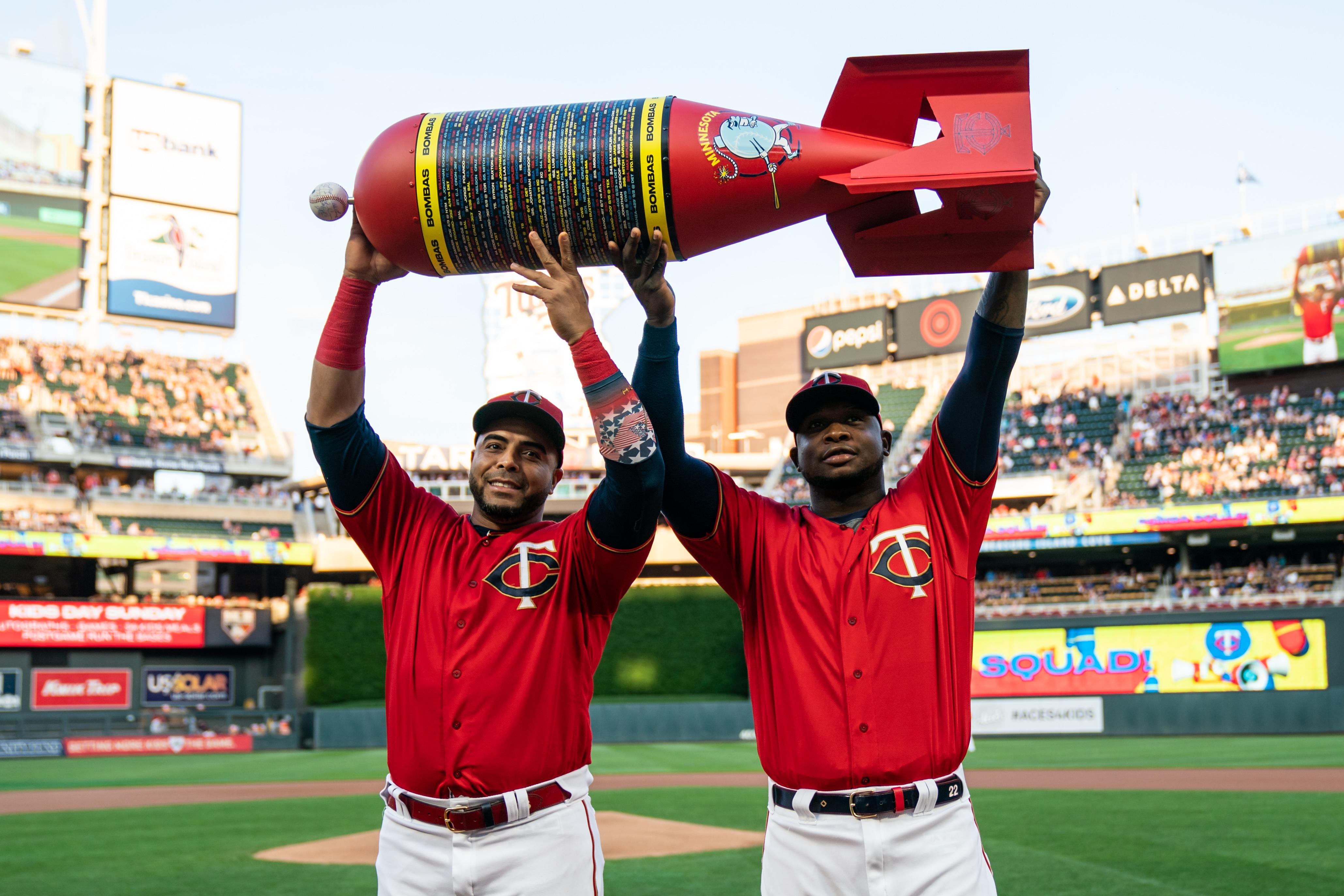 entire collection wholesale unique design Minnesota Twins complete turnaround with first AL Central title ...