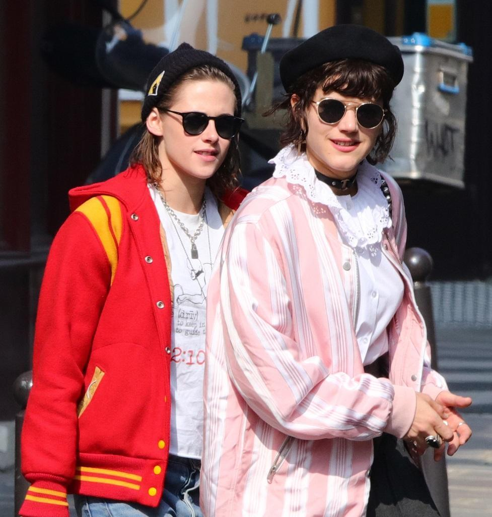 7 himmel kristen dating Kristen accessorized with round  check out the new photos of kristen stewart and stella maxwell  kendall jenner is reportedly dating pro.