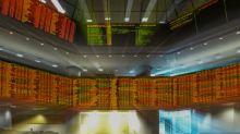 Stock markets muted despite US economy surging