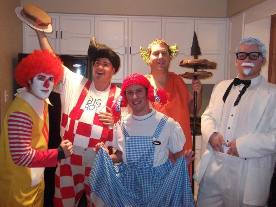 Nice 25 Group Costume Ideas For The Most Fun Halloween Ever