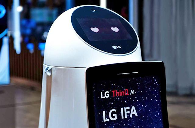 LG drafts in its TV chief to save its mobile business