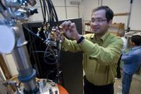 Researchers craft all-electric spintronics, vie for guest spot on Mindfreak