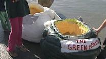 Giant Gourd Boats Race to the Finish