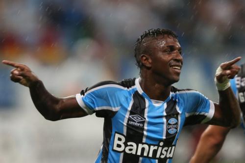 Bolaños tem lesão muscular e será baixa por três semanas no Grêmio