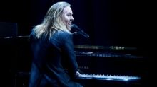 Tim Minchin review – a triumphant comeback that is short on laughs