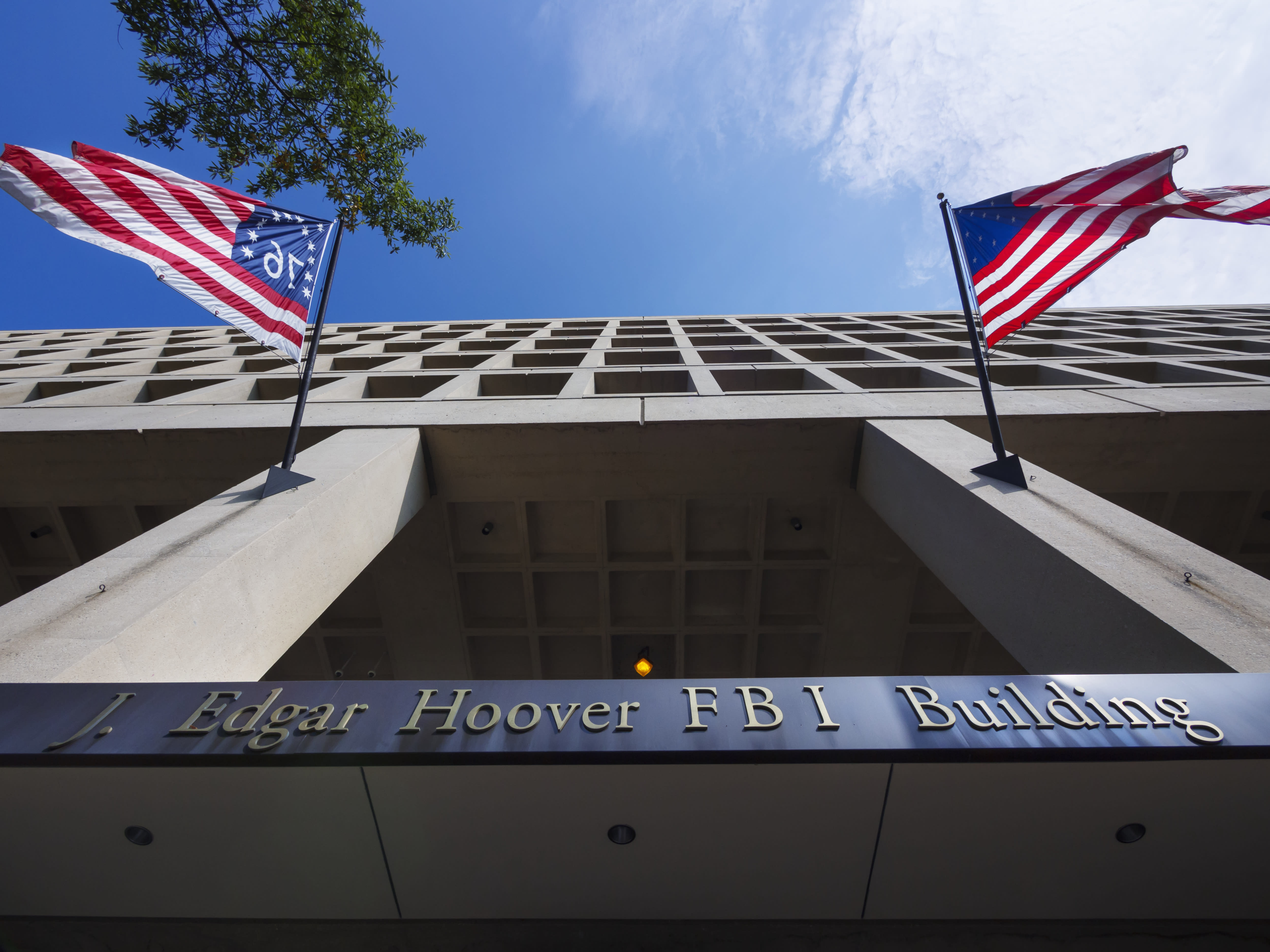 Judge rules FBI, NSA broke the law and court orders with data collection | Engadget