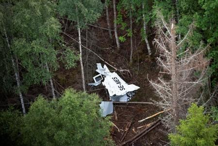 Australia grounds Mahindra's GA8 planes after Swedish crash