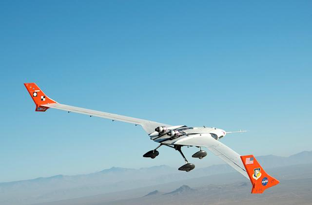 NASA starts testing light and flexible plane technology