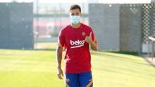 Coutinho antecipa retorno das férias e se reapresenta ao Barcelona