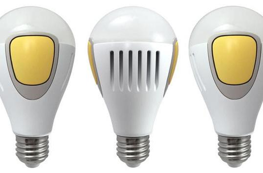 Smart light bulb fools burglars by pretending you're at home
