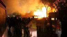 Attacco terroristico nel Pakistan: esplosione in un albergo con tantissimi feriti