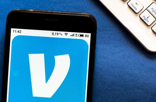 Venmo's mobile app can now cash your checks