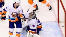 Flyers stave off elimination with 4-3 win over Islanders