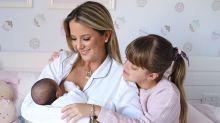 """Ticiane Pinheiro posta primeira foto com as duas filhas: """"AmaRmentar"""""""