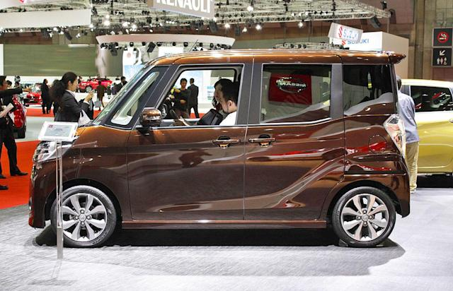 Nissan outs Mitsubishi for cheating fuel economy tests