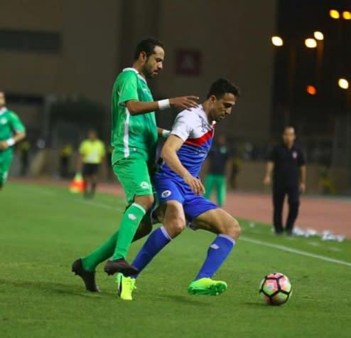 Após levar a Copa, brazuca luta para vencer o Campeonato do Bahrein