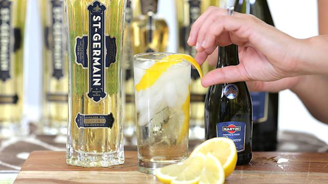 It's Easy, It's Aromatic -It's an End-of-Summer St-Germain Cocktail