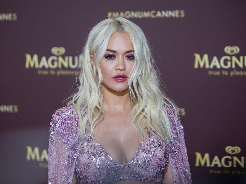 Rita Ora: Illegale Party kostet sie über 200.000 Instagram-Follower