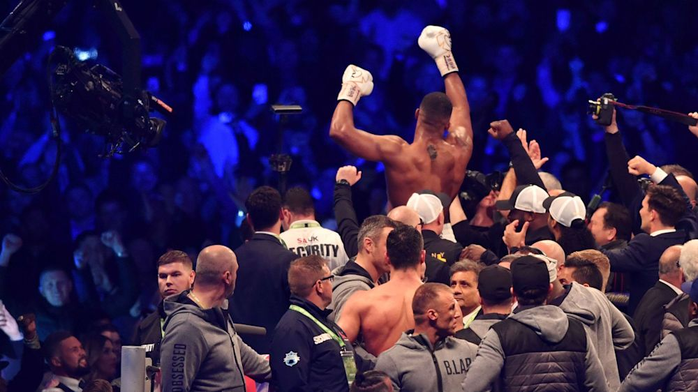'What a fight!' - Football world reacts to Joshua's knockout win over Klitschko