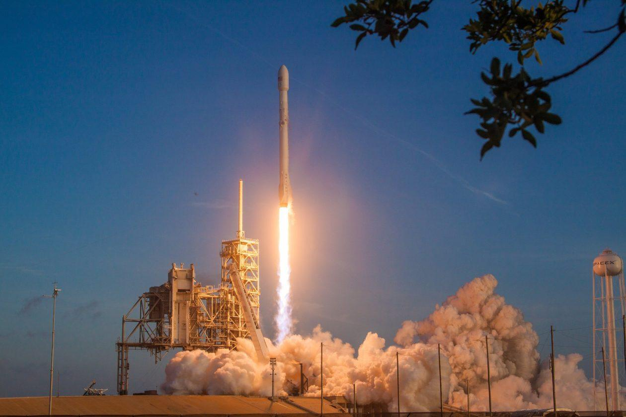 capabilities amp services spacex - HD 1200×800