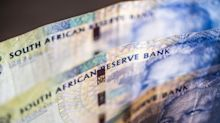 South Africa Rand Slumps to Record Low AfterMoody's Cut to Junk