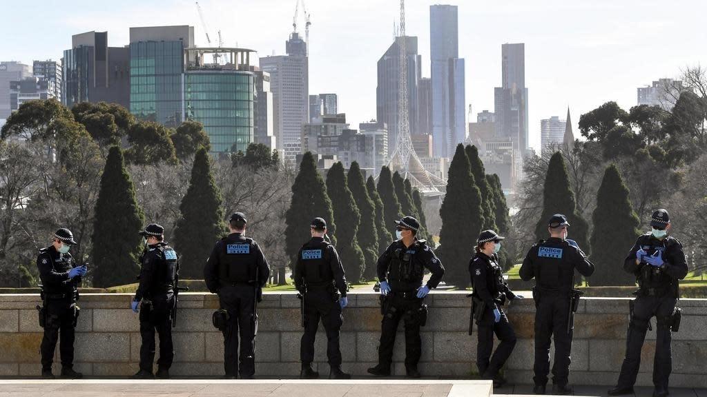 Covid-19 soars in Australia's Victoria despite second ...