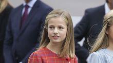 Princesa Leonor e infanta Sofía en el Día de la Hispanidad de 2018