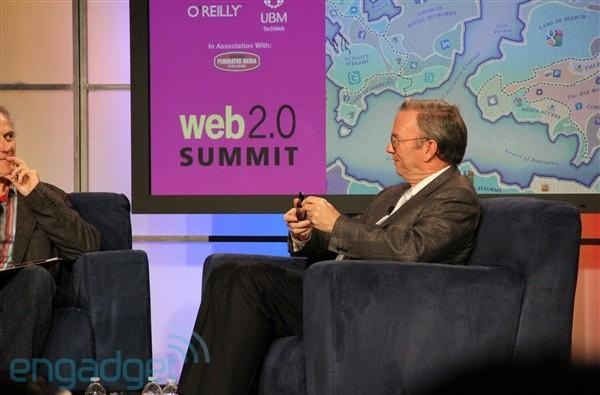 Eric Schmidt: Chrome OS aimed at keyboard based solutions, Android optimized for touch