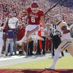 Baker Mayfield tells Baylor players 'I'm gonna have to spank you today'