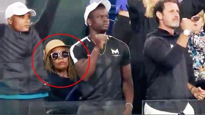 Mum's brutal reaction to Serena's win goes viral