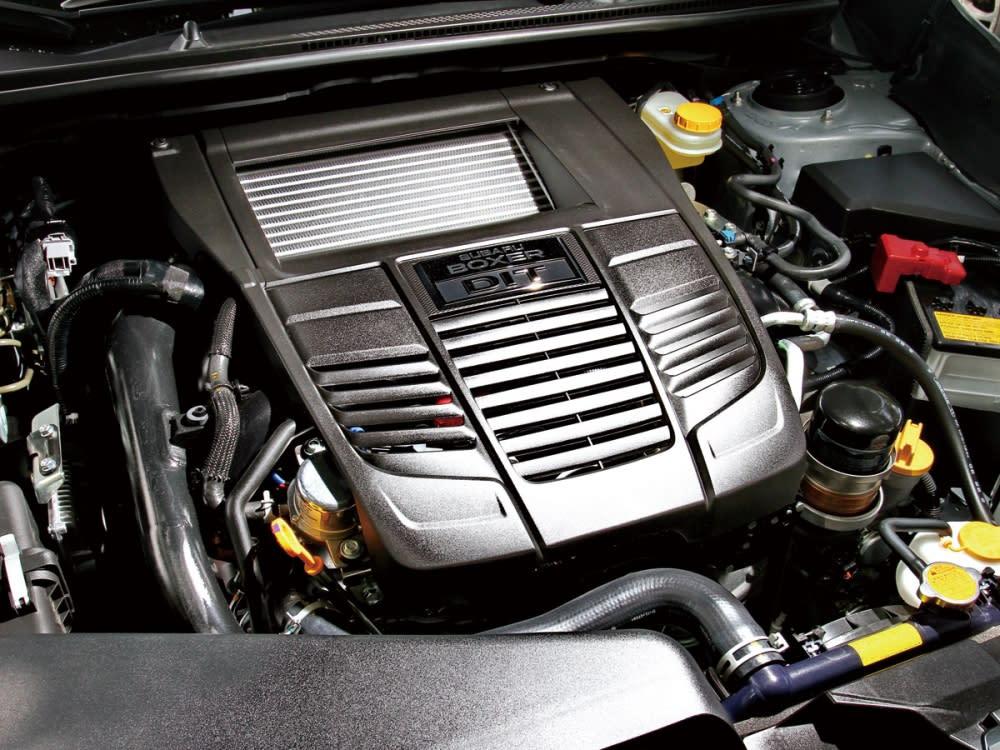 2.0升水平對臥渦輪引擎擁有低重心操駕優勢,並能榨出268hp/35.7kgm強悍動力。