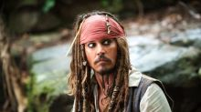 Johnny Depp visits sick children dressed as Jack Sparrow