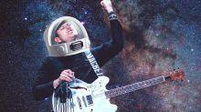 """Como Tom Delonge, ex-líder do Blink-182, virou """"informante alienígena"""" dos EUA"""