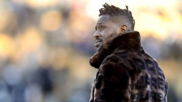 Bruce Arians refers to Antonio Brown as 'diva'
