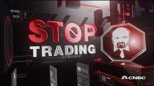 Cramer's Stop Trading: I would not short Universal Displa...