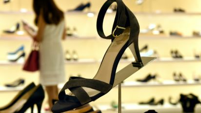 Philippines bans compulsory high heels in workplace
