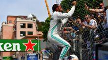 Hamilton consigue la 'pole' en Mónaco, con los dos Mercedes en primera línea