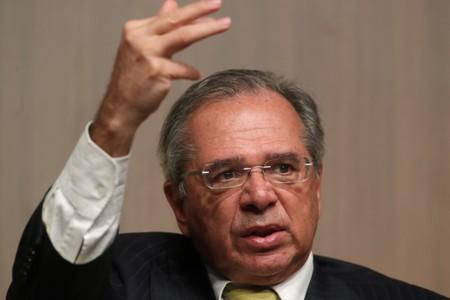 Brazil's Guedes threatens to quit Mercosur if populist opposition wins Argentina election