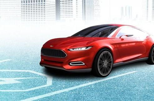Ford's Evos concept is the cloud-connected hybrid EV of our future (video)