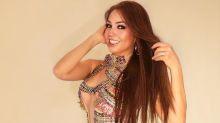 Thalía deja de lado los modales y le tose en la cámara a sus fans