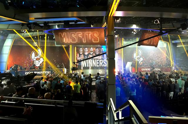 Crowd control and confetti cannons at the Overwatch Open