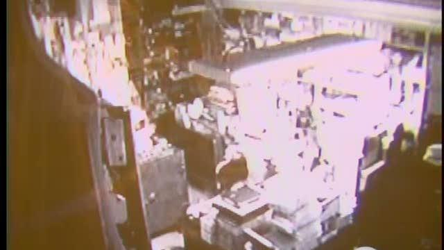Robbery turns into shoot out